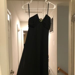 Women's black cocktail dress size 2